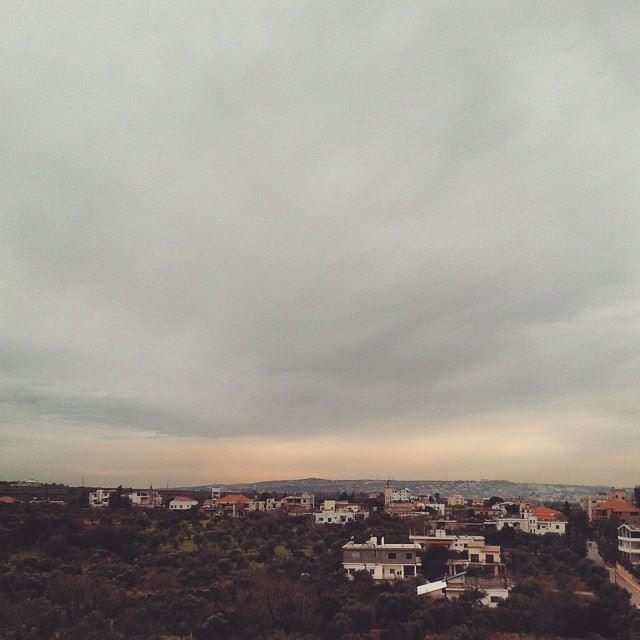 RoyALKhouryPhotography kfarzeina s3 mini Live sky ...