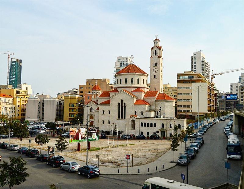 Goodmorning beirut💕💞 morningwalk photography photoofday church ... (Saifi village)