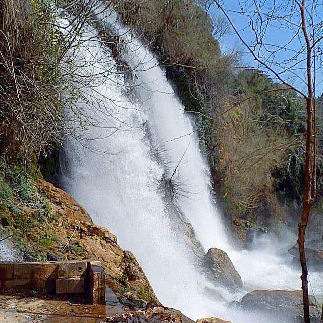 Soo nlove w/ths place❤️ kfarhelda naturelover waterfalls freshair...