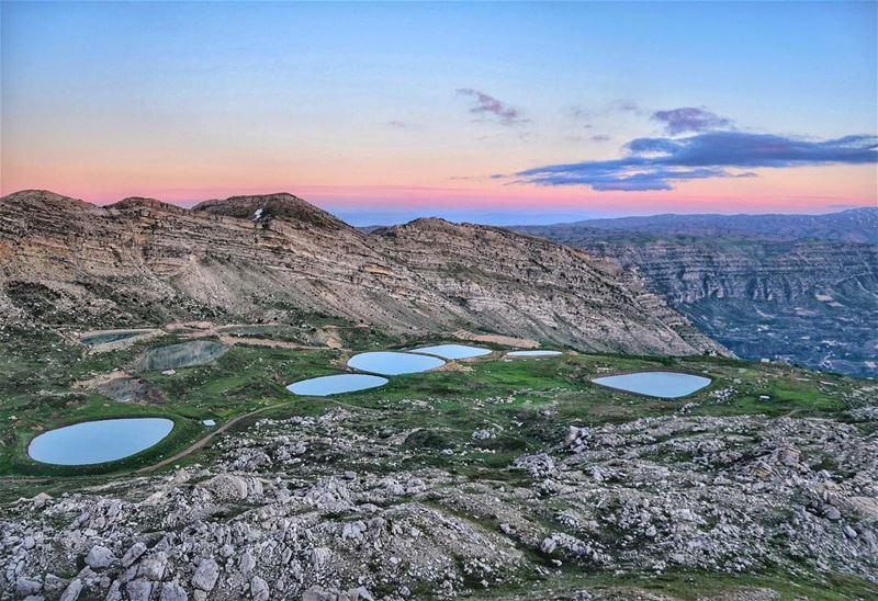 Majestic sunset 👑👑 ... (Akoura, Mont-Liban, Lebanon)