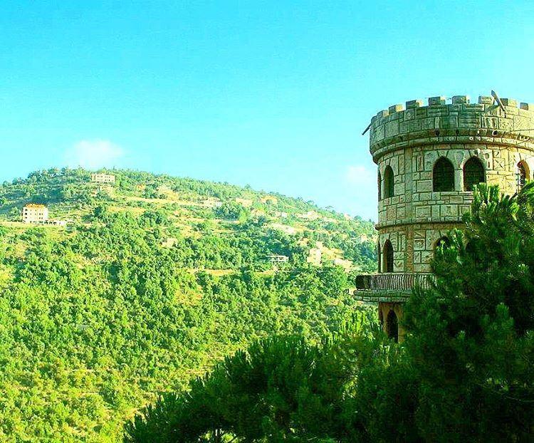 standtall picturethis fromtheeyesofalebanese lebanon lebanon_hdr ...