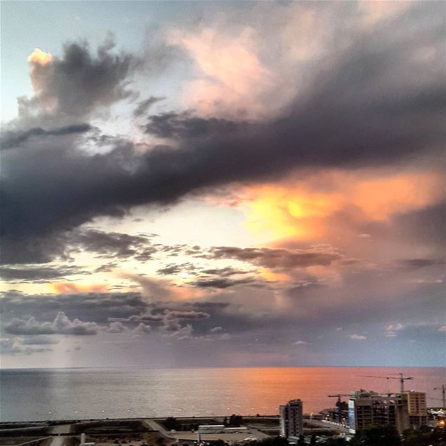 The glow of the sun at sunrise ! ⛅ from dbayeh - Lebanon...