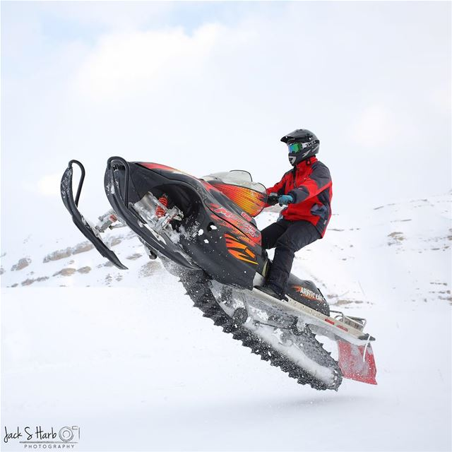 Don't stay calm, it's snowmobiling season. 😼 (Tannourine Cedars Nature Reserve)