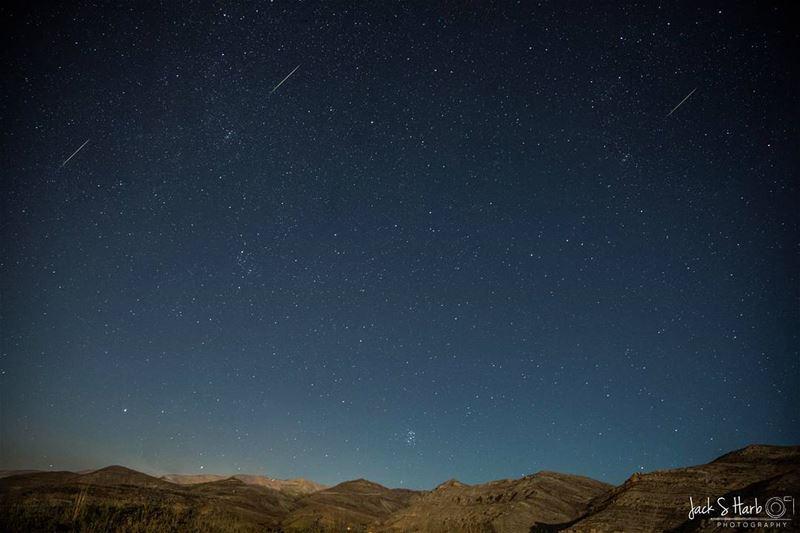 Meteor shower... meteorshower tannourine livelovetannourine ... (Tannourine Cedars Nature Reserve)