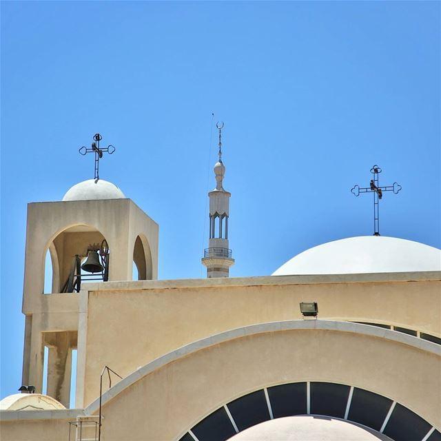 تعانق الاديان السماوية. Lebanon Beirut Jackharbphotography ... (Beka'a)