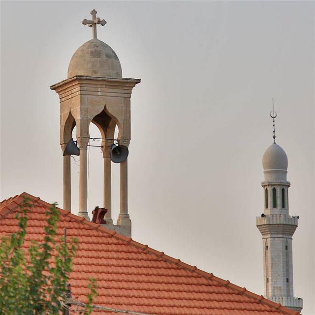 تعانق الاديان السماوية. ... (West Bekaa)