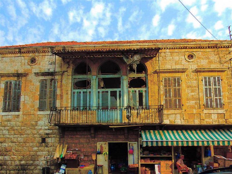 insta_lebanon ig_lebanon proudlylebanese Jackharbphotography ... (Haret Sakhr, Mont-Liban, Lebanon)