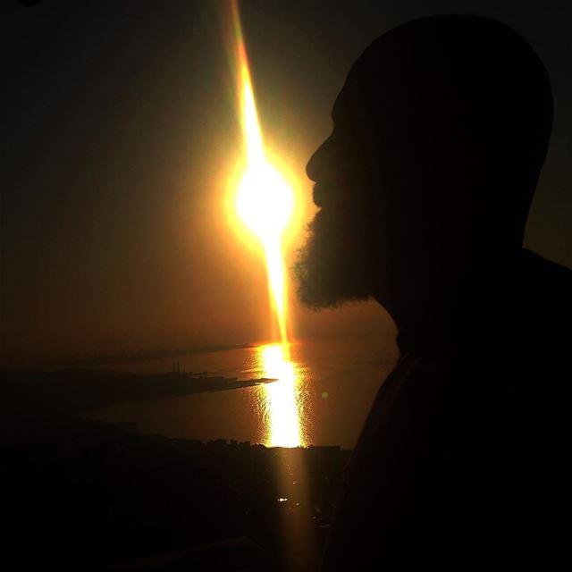 c'est dans le silence qu'on entends le cri de l'âme... me sun sunset ...