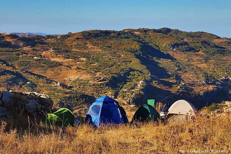 """Oh darling, lets be adventurers."" ⛺️🔥 camping  tent  sunnyday  mountains... (Chabrouh Faraya)"