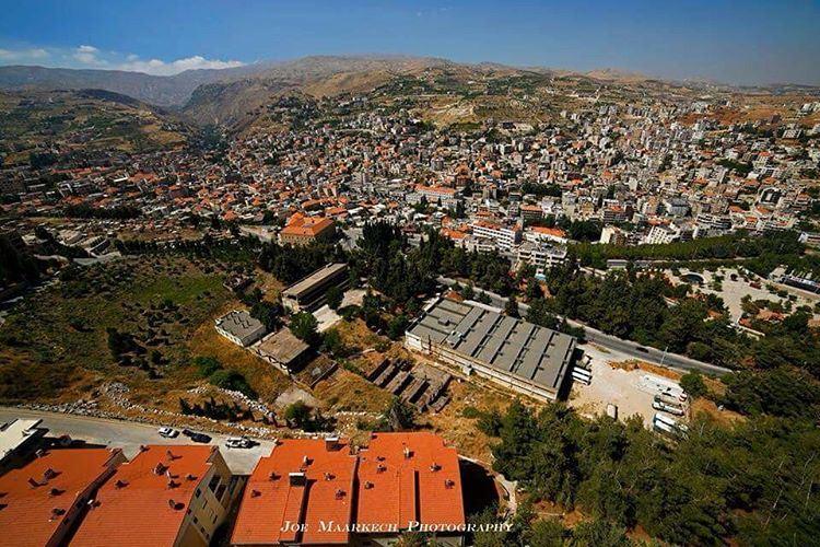 Zahle... zahle livelovezahleh livelovebekaa livelovelebanon lebanon ... (Zahlé, Lebanon)
