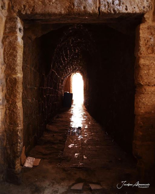 Maybe you will miss me when i'm gone... gone missme light tunnel neverlie... (Saïda, Al Janub, Lebanon)