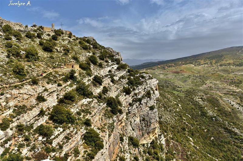 ❤️ hardinvillage photographysouls photooftheday photographer ... (Hardîne, Liban-Nord, Lebanon)