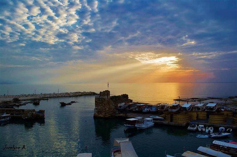 The sun always shines above the clouds... livelovebeauty jbeil ... (Jbeil)
