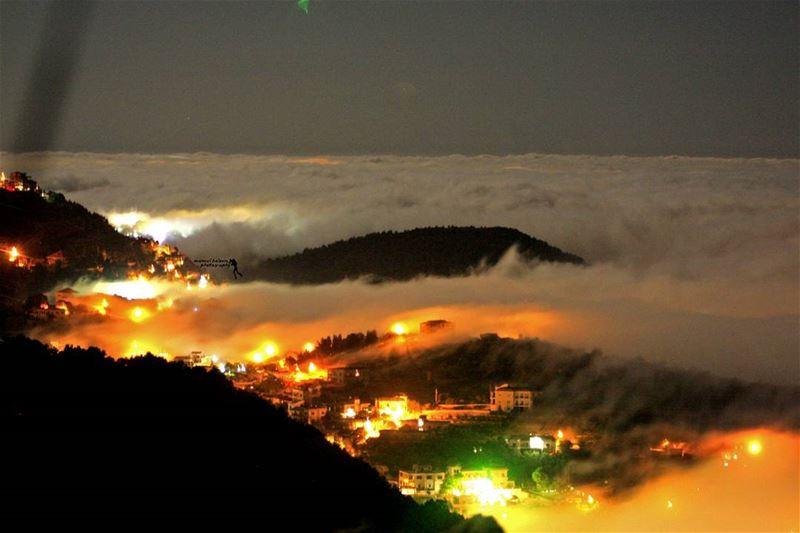 night clouds amazing_shot amazingnight lebanonspotlights lights...