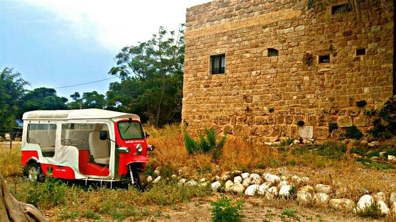 Good afternoon dear followers with this amazing view 🚙Photo taken by... (Byblos - Jbail بيبلوس/جبيل)