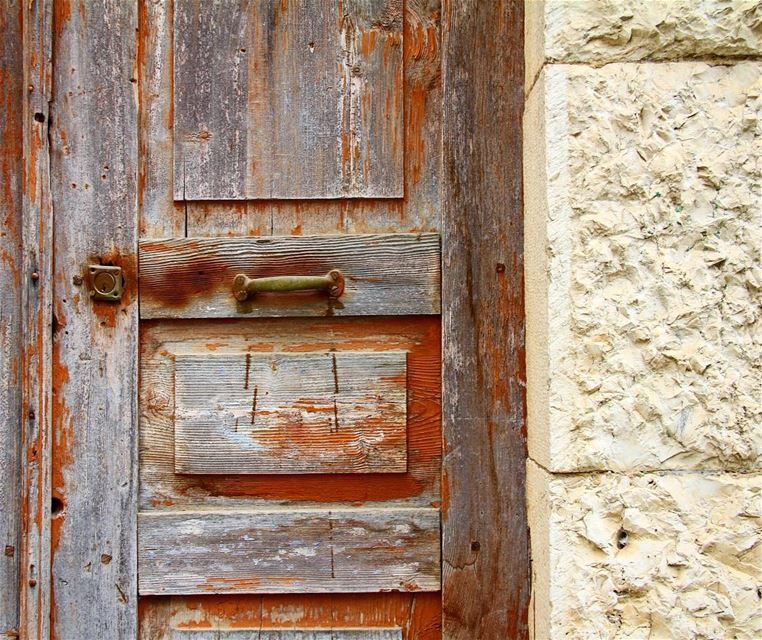 It's time to close the door and move.. door  doorportrait  closeup ... (Ehden, Lebanon)