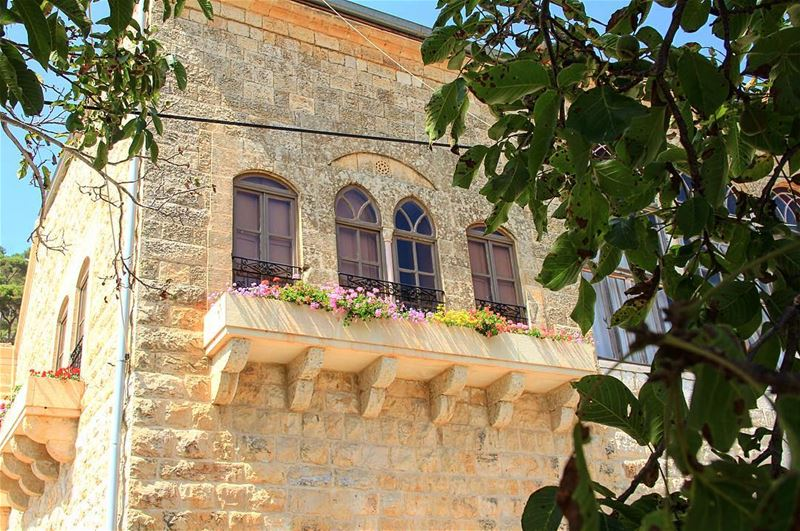 A dream home always has a special character.. house traditional ... (دير القمر - Deir El Qamar)