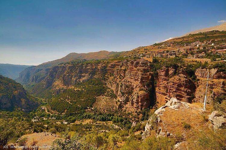 Inner Peace! Qadisha Valley. qadishavalley qadisha qannoubine lebanon ... (Qadisha Valley)