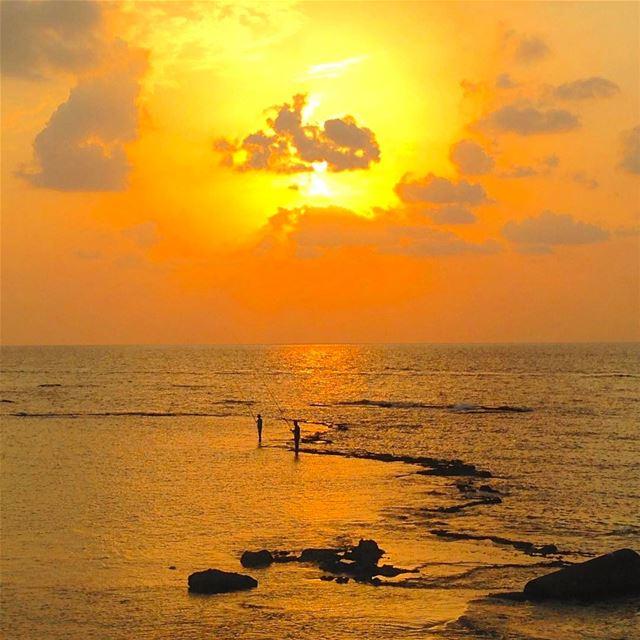 tyre tyr tyrecity sourcity tyrepage southlebanon beach ... (Al Kharab Beach)