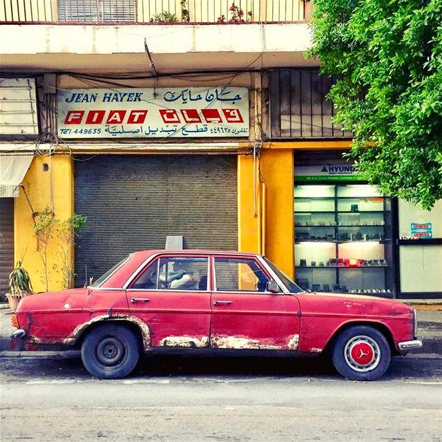 Vintage vibes💈 Lebanon tb travel travelgram traveler wanderlust... (Mar Mikhael-Armenia The Street)