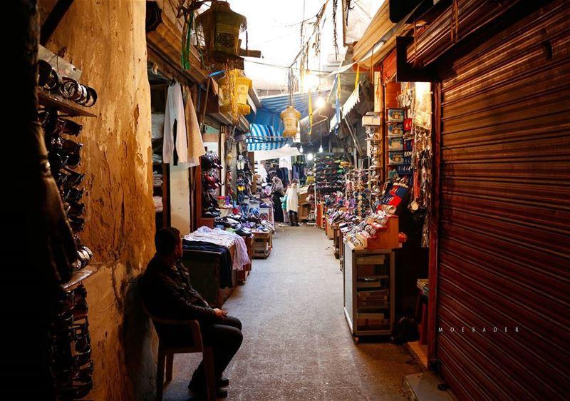 •runaway•السوق الشعبي في مدينة صور❤ tyrecity tyrecitypage tyr ... (Tyre, Lebanon)