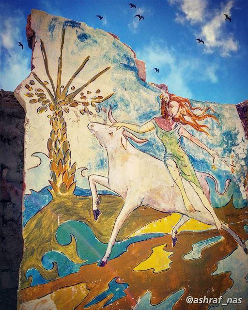 الى البلد الوادع الأسمرنسيج الأساطير والذكرياتوأغنية السفن المقلعاتمحملة (Tyre, Lebanon)