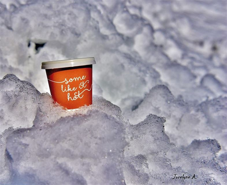 """The days are getting colder, have a warm heart "" goodmorning coffeetime... (Faraya Mzar)"