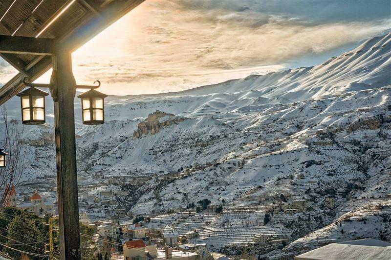 Waking up in Becharre letsgosomewhere lebanon ... (Bsharri, Lebanon)