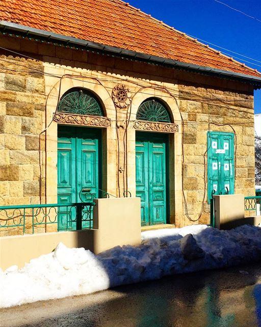 Beautiful Lebanese houses 🏡 house village authentic traditional ... (Hasroun)