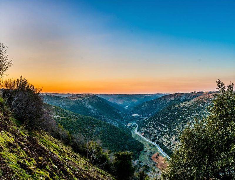 hdr panorama nikon nikonlebanon nikond7100 d7100 photography ... (Qabrikha, Al Janub, Lebanon)
