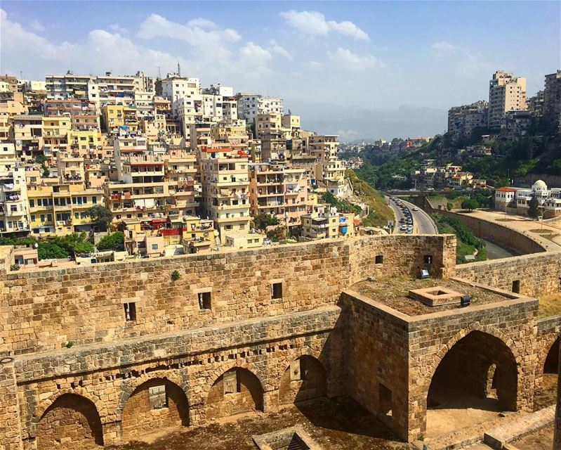If only you know what happens behind this wall.. castle mytripoli view ... (Tripoli, Lebanon)