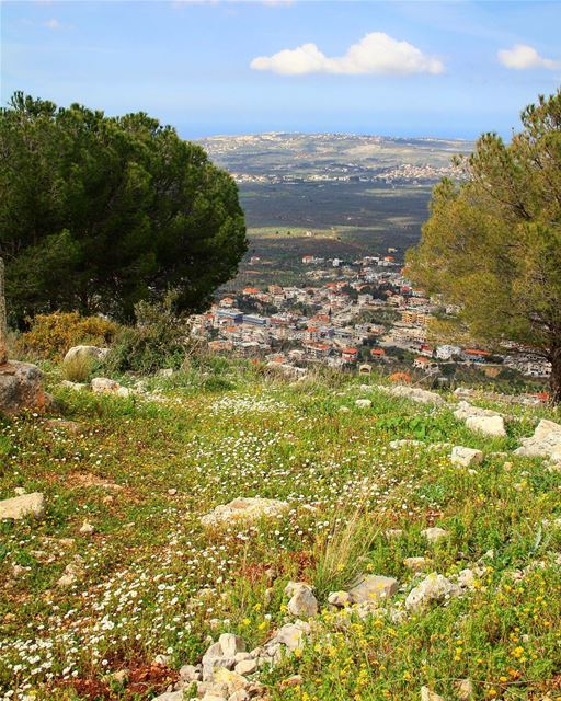 """We are all challenged to go on a difficult and mysterious path of... (Aïn Aakrîne, Liban-Nord, Lebanon)"
