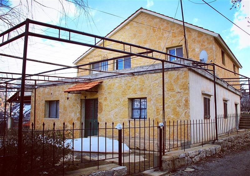 Welcome home home snow winter mountain village architecture ... (El Laklouk, Mont-Liban, Lebanon)