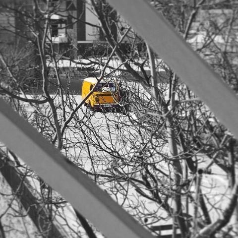 Little yellow van. mayrouba snow van yellow lebanon livelovelebanon ... (Mayrouba)