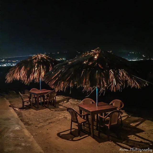 Que sais-tu des plus simples choses...? Que sais-tu de la longue attente..? (Corniche El Mina Tripoli)