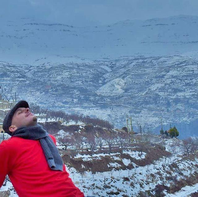 Breathing in Lebanese fresh cold air ❄❄❄ Lebanon Lebanese Arz Bcharri... (Bsharri, Lebanon)