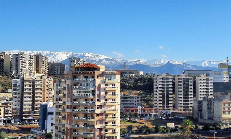 Should drive up to have a closer view of these beautiful white mountains 😍 (Tripoli, Lebanon)