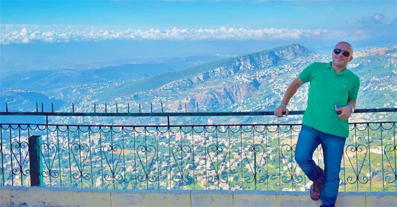 Rising above the green Dannieh 💚 LiveLoveLebanon Portrait Me Myself... (Bkaa Safreïn, Liban-Nord, Lebanon)