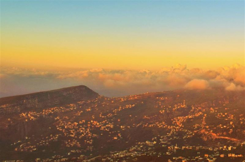 WOW sunset from Al Dannieh Sunset Lebanon Lebanese Dannieh village ... (Bkaa Safreïn, Liban-Nord, Lebanon)