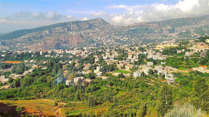 What a beautiful day! WOW Lebanon Lebanese Dannieh village ... (Minieh-danieh)