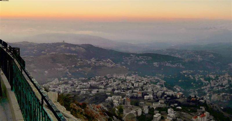 Sunset as seen from the high Dannieh's mountains 💚 WOW Sunset Lebanon... (Bkaa Safreïn, Liban-Nord, Lebanon)