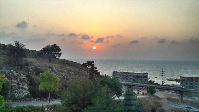 Having dinner with a view 😊 Mediterranean Sea Sunset Koura Lebanon ... (Punto Alto Resto)