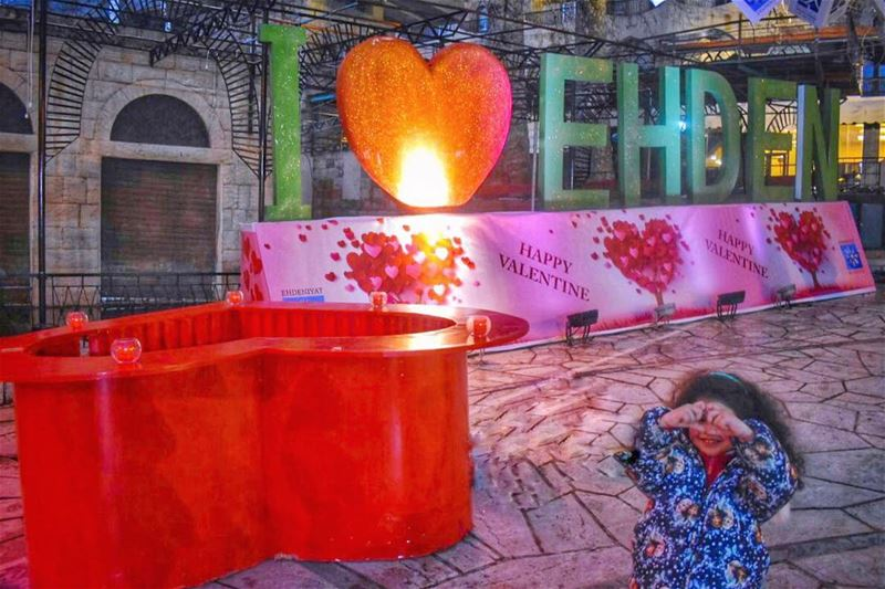 LiveLoveEhden all year long specially now during @Ehdeniyat winter... (Miden, Ehden)