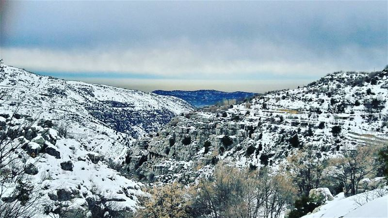 Hello from the high Lebanese mountains ❄❄❄ Baskinta Lebanon Lebanese ... (Baskinta, Lebanon)
