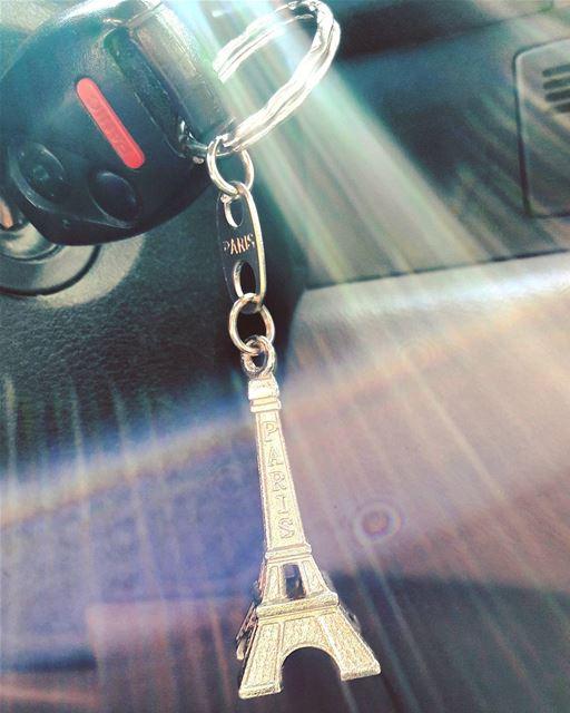 La Tour Eiffel dans ma voiture 🗼🗼🗼 A gift Souvenir from Paris ... (Tripoli, Lebanon)