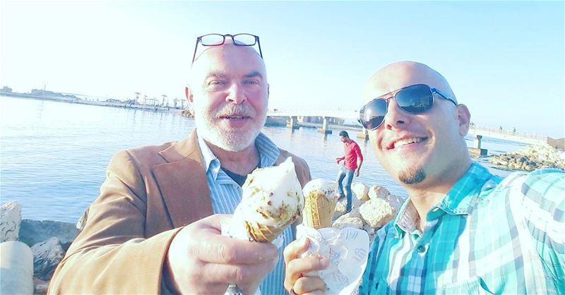 Like father, like son 😎Searching for the best icecream in town with my ... (الميناء مدينة الموج واﻷفق)