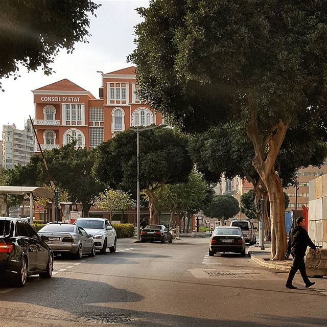 Roaming in Beirut's streets.. 📸by my bike..Such a freedom🎈 beirut ... (ساحة رياض الصلح)