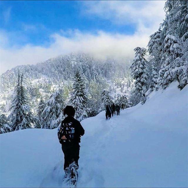 snowshoeinglebanon explorelebanon picoftheday livelovelebanon ... (Heresh Ehden)