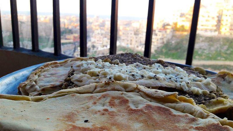 100% Lebanese :) deliciousness delicious Mana2ish bakery Lebanon ... (Tripoli - Abi Samra)