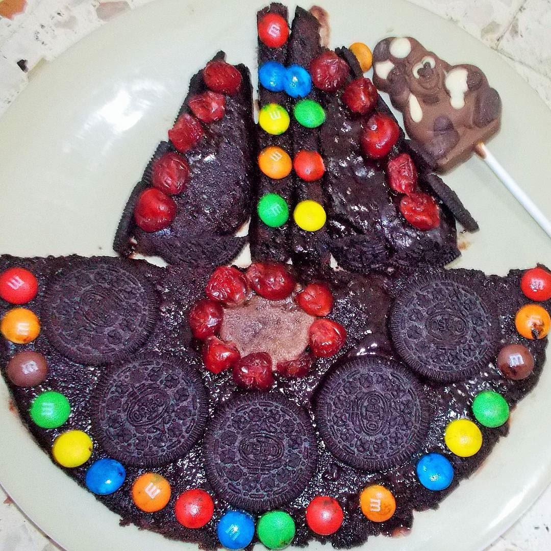 Creative brownie cake...and it's homemade :) Lebanon Lebanese delights ...